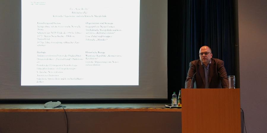 Der Referent Prof. Dr. Samuel Salzborn